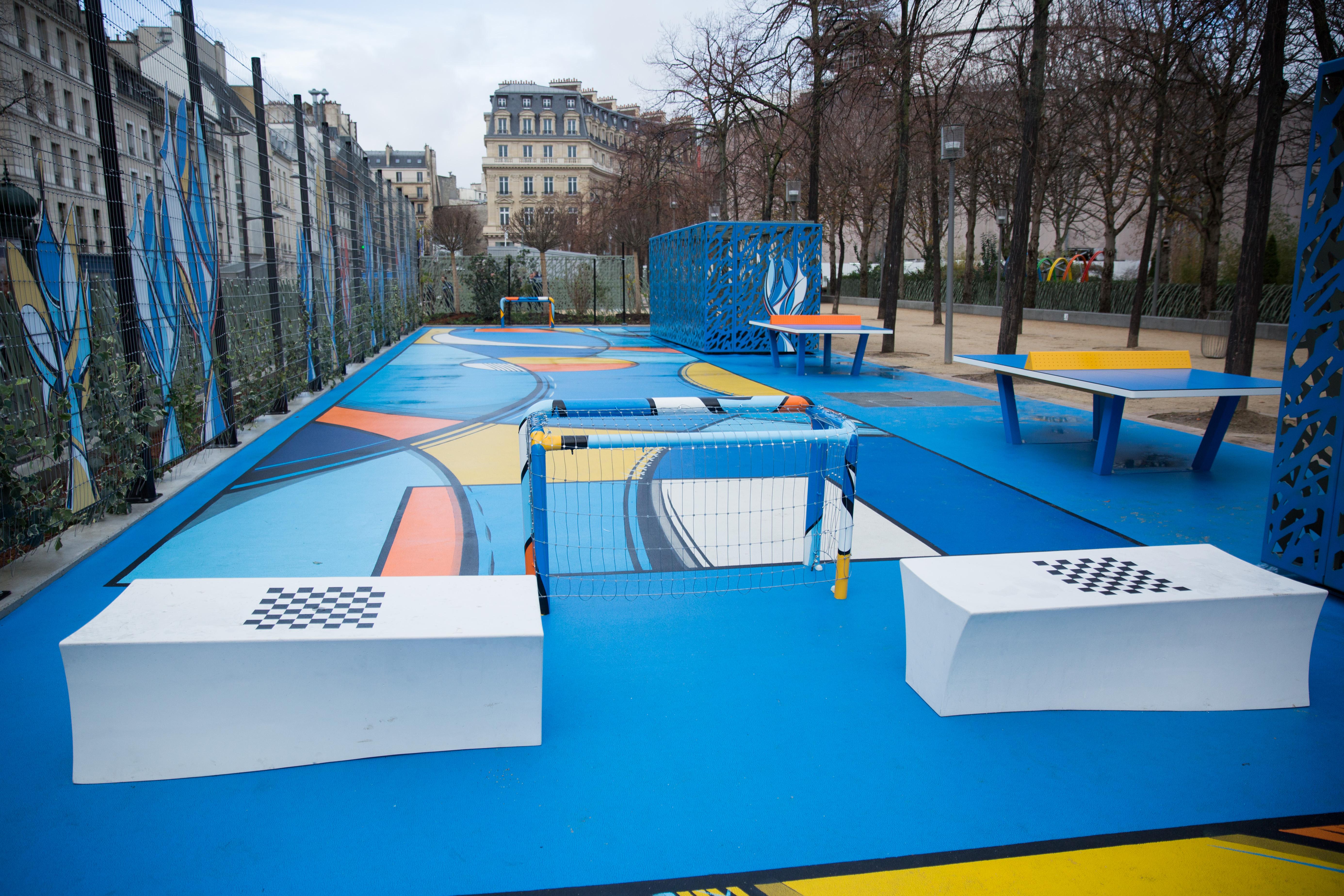 Sol Terrain De Basket un terrain de basket aux halles - budget participatif - paris